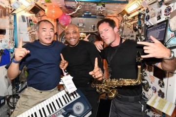 宇航员如何打扫国际空间站